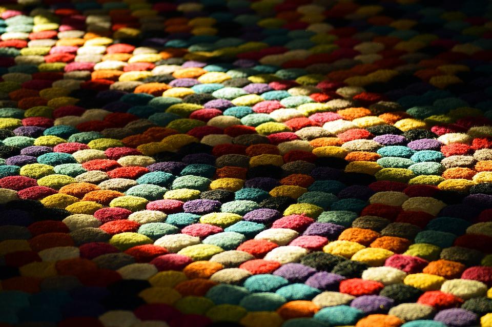 Come riciclare vecchi tappeti