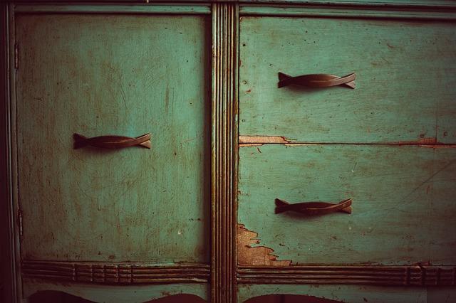 Come riciclare vecchi mobili (o anche alcune parti) - Amianet.it